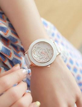 233440 - <WC038-BE11>雏菊陶瓷的手表
