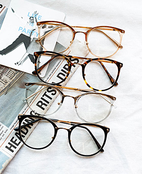1048401 - <FI162_CA00>今天简单眼镜
