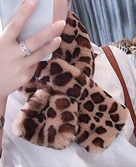 1049112 - <FI275_모자수량>冬季豹纹毛皮草消声器