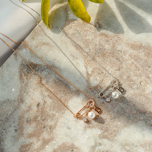 1049387 - <NE585_IF14> [银色链条] Uni夹式珍珠项链