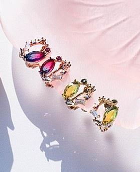 1049508 - <ER2213_GI04>甜水晶晶体夹式耳环